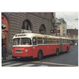 AKG10595